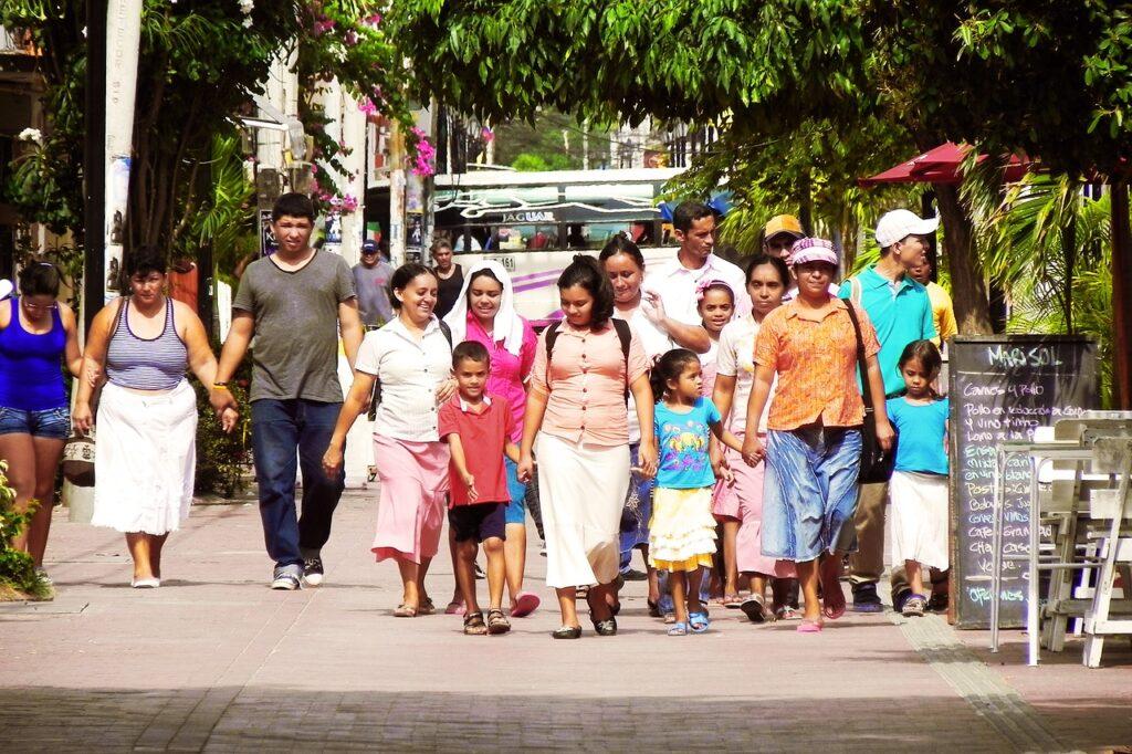 latino, family, latina-2569583.jpg